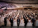 couples attend a mass wedding ceremony 1